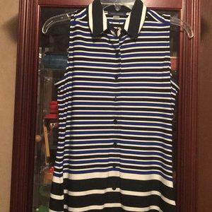 Tommy Hilfiger sleeveless button down top